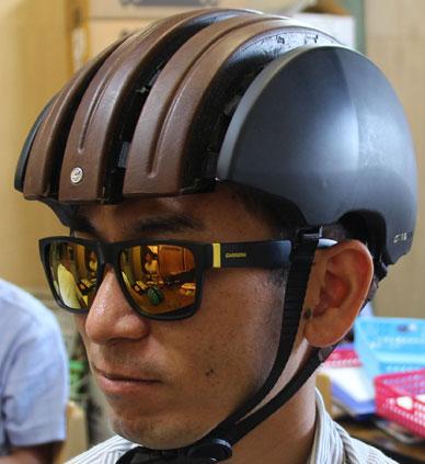 カレラ フォルダブルヘルメット