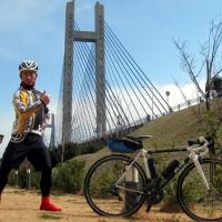 生名島から佐島に渡る生名橋。