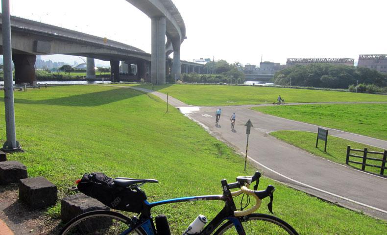 基隆川 サイクリングロード