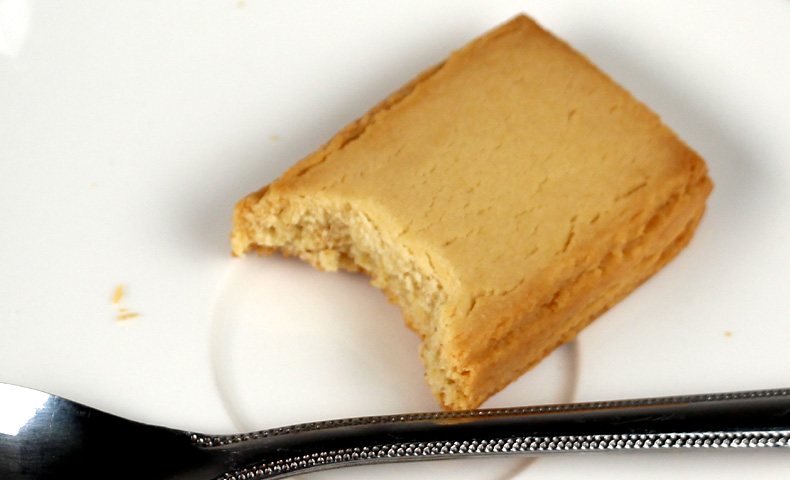グリコ バランスオンミニケーキ