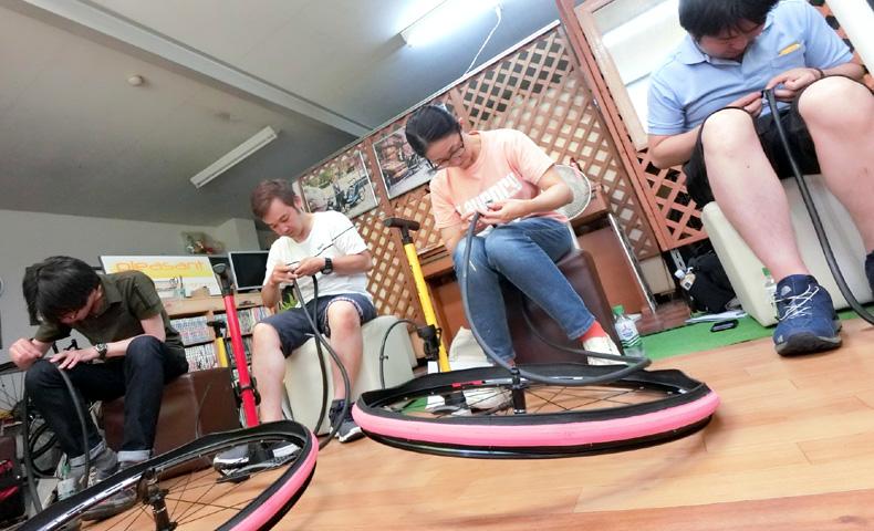 パンク修理 タイヤ交換 チューブ交換