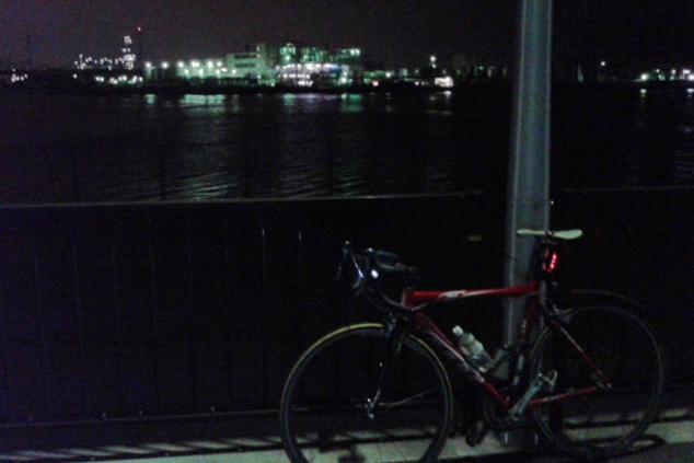 自転車 ライト ロードバイク 夜景