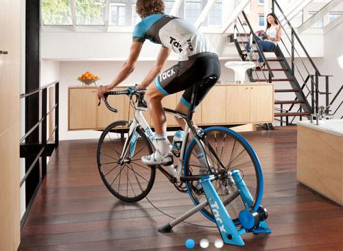 世界各国をバーチャルに走るトレーナー(固定ローラー)予約開始!! | サイクリングパーツ・ウェアーのワールドサイクル ワーサイ