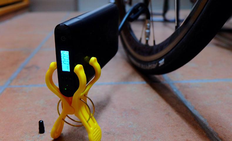 UOMI Smart Air Pump M1 電動携帯ポンプ USB充電